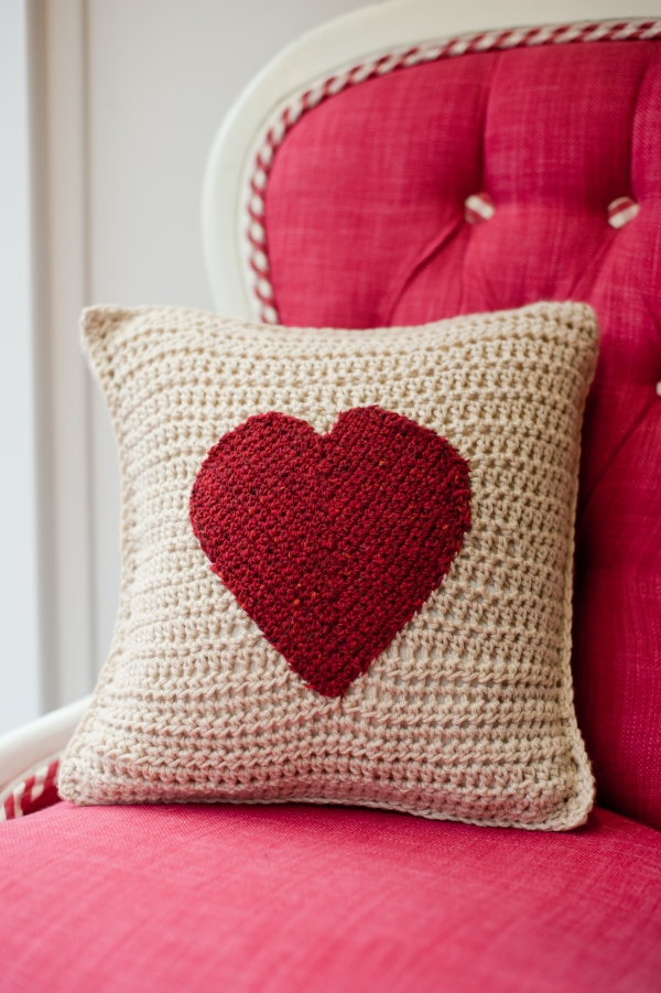 crochet heart aplique