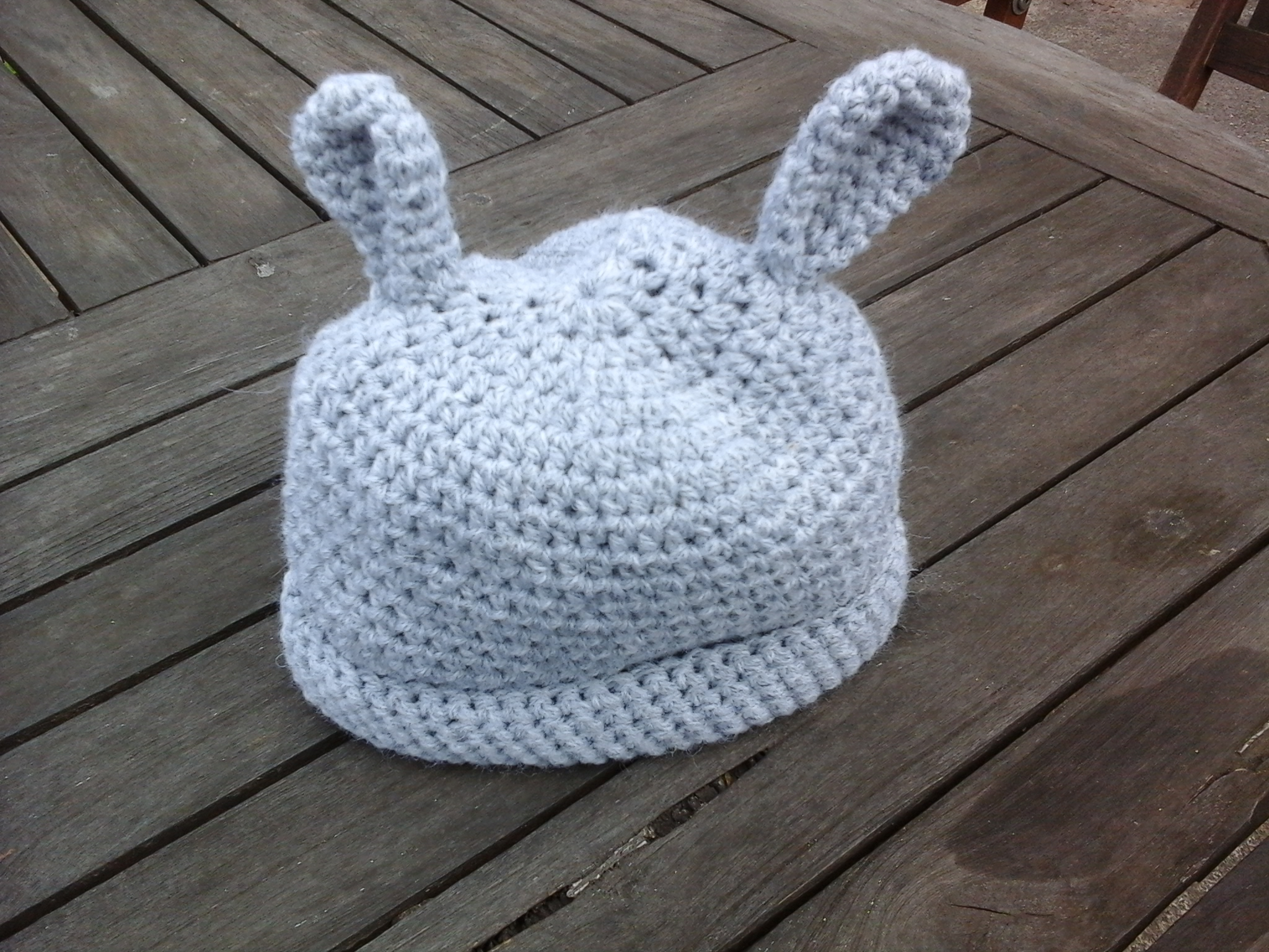 Crochet Baby Hat With Bill Pattern : crochet baby hat pattern Tracey Todhunter